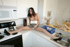 Adorable brunette housewife in tight lin - XXX Dessert - Picture 6