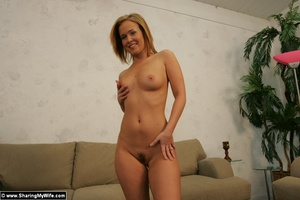 Sasha Knox Loves Showing Off Naked - XXX Dessert - Picture 15