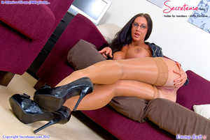 Busty office stunner in tan stockings pl - XXX Dessert - Picture 7