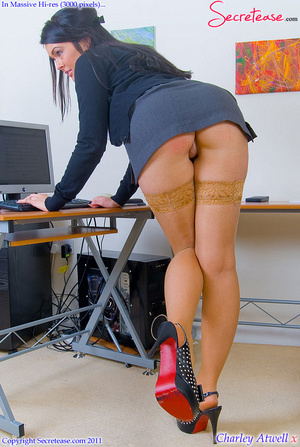 Super busty office girl in tan stockings - XXX Dessert - Picture 4