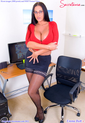 Big Boobed office beauty in exclusive st - XXX Dessert - Picture 2