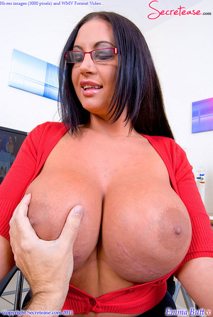 Big Boobed office beauty in exclusive st - XXX Dessert - Picture 9