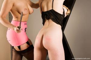 Brunette milf beauty in black stockings  - XXX Dessert - Picture 10