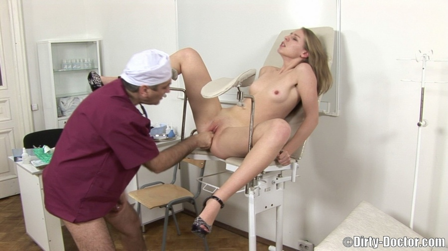 Sex Hungry Older Gynecologist Has A Fun With His Shaved Pussy Blonde Teen Patient Merry -1164
