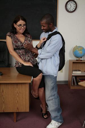 Milf Teacher Interracial Porn - Interracial porn pics of brunette milf t - XXX Dessert - Picture 1 ...