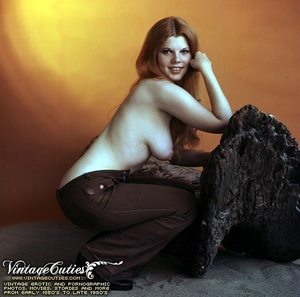 Superb outdoor vintage nudes of mature b - XXX Dessert - Picture 8