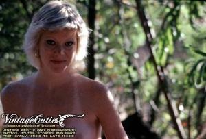 Superb outdoor vintage nudes of mature b - XXX Dessert - Picture 9