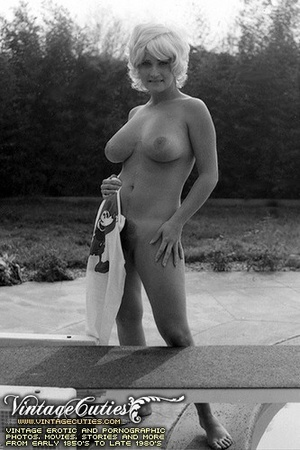 Free vintage porn shots in black and whi - XXX Dessert - Picture 2