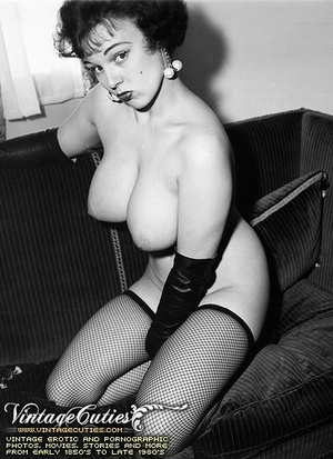 Free vintage porn shots in black and whi - XXX Dessert - Picture 3
