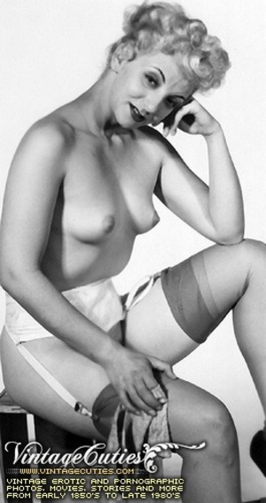 Free vintage porn shots in black and whi - XXX Dessert - Picture 12
