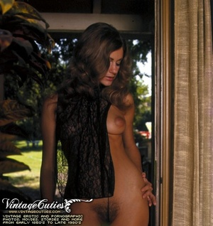 Gorgeous vintage nude girls relaxing and - XXX Dessert - Picture 1