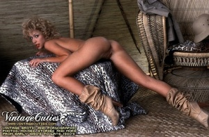 Slutty curly blonde in free vintage porn - XXX Dessert - Picture 7