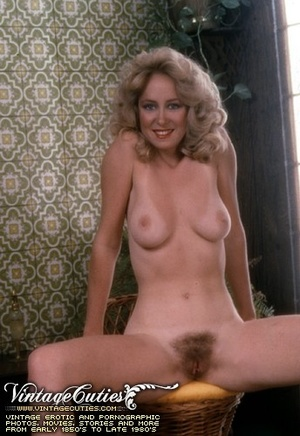 Slutty curly blonde in free vintage porn - XXX Dessert - Picture 8
