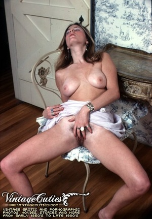 Free vintage porn gallery of hot girl fi - XXX Dessert - Picture 1