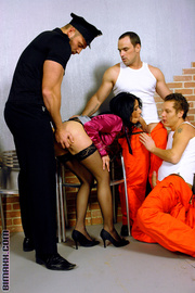 penetration-female-prisoners-xxx-wife-hard