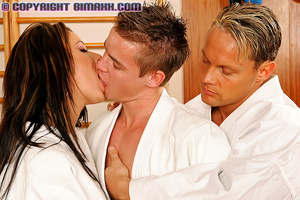 Horny medical students study anatomy scr - XXX Dessert - Picture 3