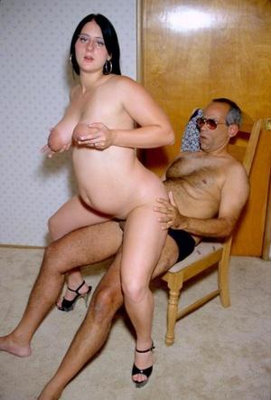 Plump pregnancy porn mother devotes long - XXX Dessert - Picture 4