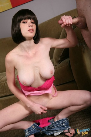 Leaning all her body to grip that long c - XXX Dessert - Picture 10