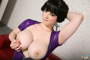 Latex, boobs and blue hair is not what y - XXX Dessert - Picture 2
