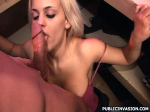 Busty sex hugry blonde babe doesn't mind - XXX Dessert - Picture 15