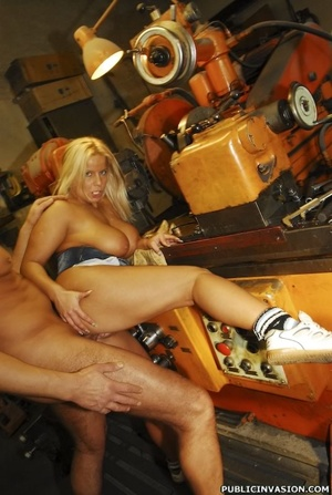 Picked up on the outdoors blonde babe do - XXX Dessert - Picture 12