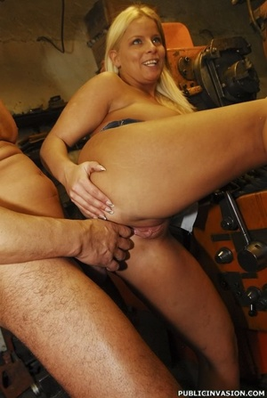 Picked up on the outdoors blonde babe do - XXX Dessert - Picture 15