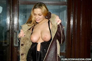 Awesome busty blonde received a huge pec - Picture 1