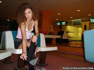 Curly hair stunnig babe flashing her tig - XXX Dessert - Picture 5