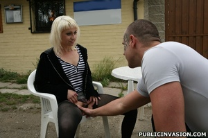 Blonde slut gets her pussy touched and t - XXX Dessert - Picture 8