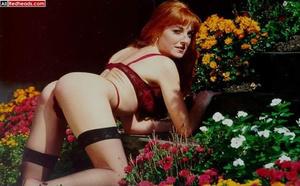 That nude redhead look so brisk when pul - XXX Dessert - Picture 2