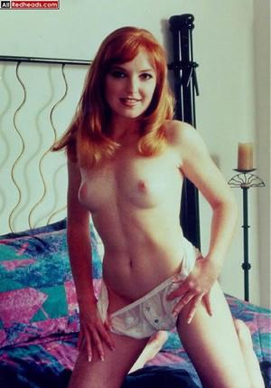 That nude redhead look so brisk when pul - XXX Dessert - Picture 9