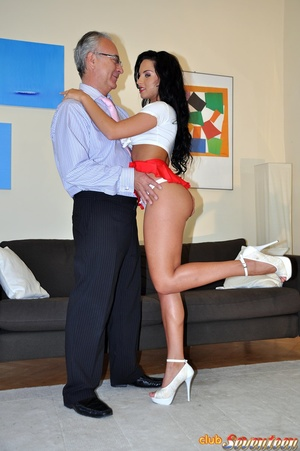 Old and young sex is all like by this ca - XXX Dessert - Picture 4