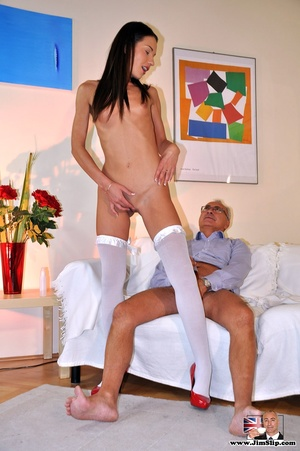Dark-haired mature pantyhose horse godmo - XXX Dessert - Picture 7