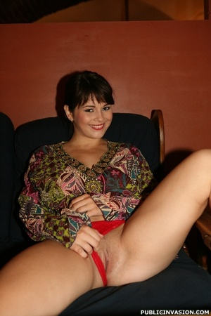 Hot big boobed chick flashing her tits a - XXX Dessert - Picture 7