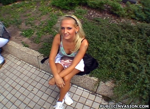 Cum hungry petite blonde babe pleasing s - XXX Dessert - Picture 2