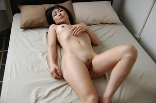 shaved pussy mature asian
