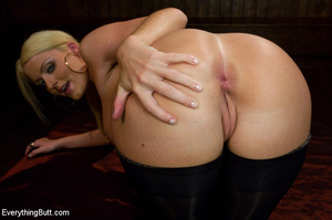 Sophie Dee all anal toys anal sex fistin - XXX Dessert - Picture 2