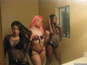 Hot young black hoes fuck there pimp! - XXX Dessert - Picture 3