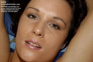 Seductive brunette Lucy exposes her flow - XXX Dessert - Picture 11
