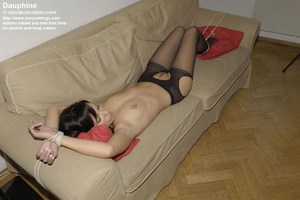 Brunette Dauphine in crotchless pantyhos - XXX Dessert - Picture 8