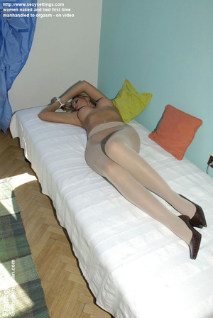 Shy round ass blonde Jenni likes being h - XXX Dessert - Picture 13