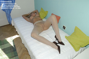Shy round ass blonde Jenni likes being h - XXX Dessert - Picture 14