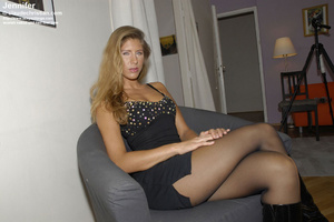 Awesome woman Jennifer in black underwea - XXX Dessert - Picture 4
