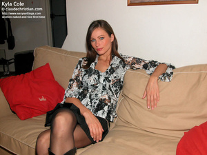Fantastic Kyla in crotchless pantyhose g - XXX Dessert - Picture 1