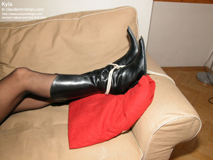 Fantastic Kyla in crotchless pantyhose g - XXX Dessert - Picture 15