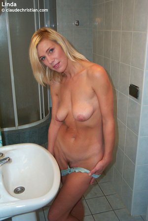 Married woman Linda taking off her blue  - XXX Dessert - Picture 4