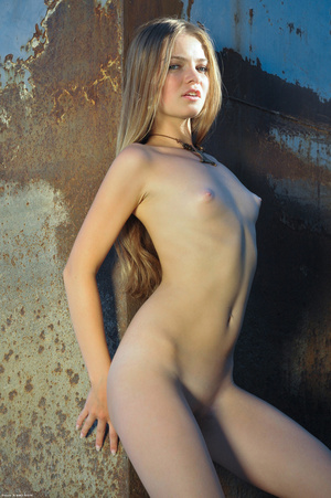 Perky tits erotic hottie slowly taking o - XXX Dessert - Picture 9