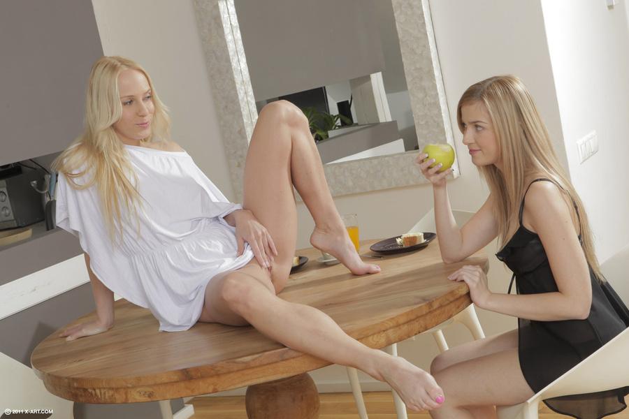 Tall Skinny Lesbian Teen