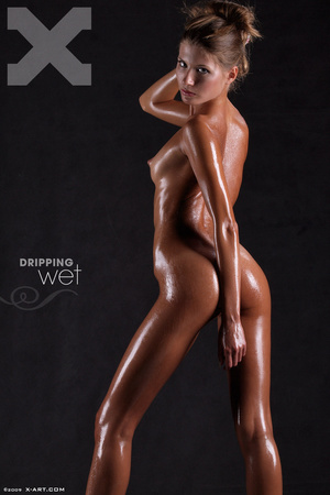 Awesome erotic cutie witj oiled up perfe - XXX Dessert - Picture 1