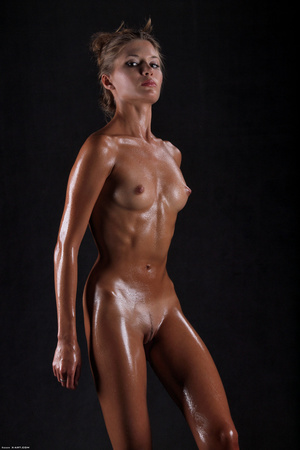 Awesome erotic cutie witj oiled up perfe - XXX Dessert - Picture 4
